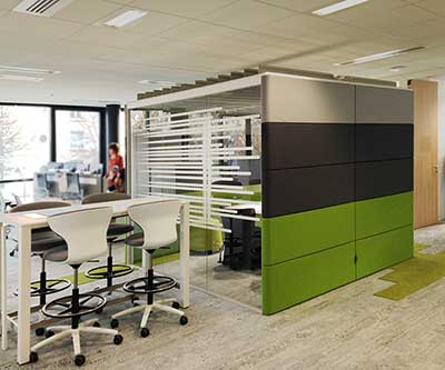 Aménagement d'espaces de travail collaboratifs pour ETF